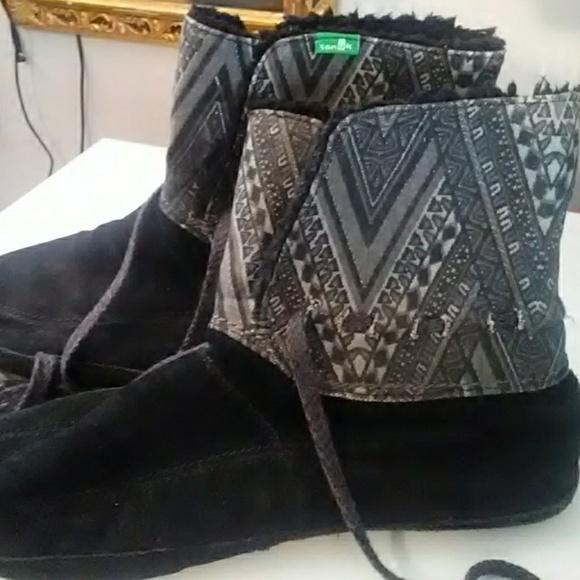 00a6a15b9311a2 Sanuk Soulshine Chill Black Ankle Boot Moccasins. M 5b6a1db24ab633dbd3cc328b